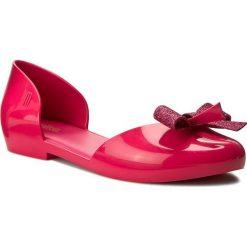 Półbuty MELISSA - Angel Ad 31859 Dark Pink 01148. Czerwone półbuty damskie marki Melissa, z tworzywa sztucznego, na płaskiej podeszwie. W wyprzedaży za 189,00 zł.