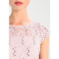 Swing Sukienka koktajlowa rose. Szare sukienki koktajlowe marki Swing, z materiału. Za 589,00 zł.