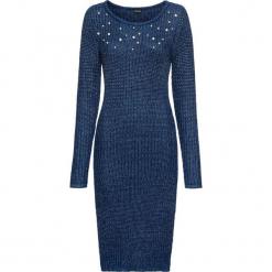 Sukienka dzianinowa z perełkami bonprix ciemnoniebieski. Niebieskie sukienki balowe marki bonprix, z dzianiny. Za 49,99 zł.