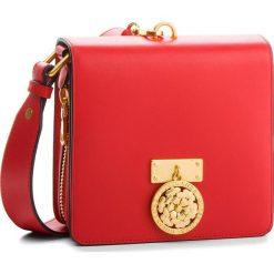 Torebka GUESS - HWALEC L8321 RED. Czerwone torebki klasyczne damskie Guess, ze skóry, na ramię. Za 889,00 zł.