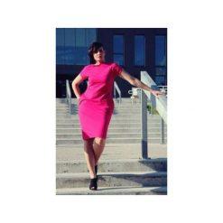 Sukienka sportowa z kieszeniami róż. Różowe sukienki letnie marki numoco, l, z dekoltem w łódkę, oversize. Za 119,00 zł.