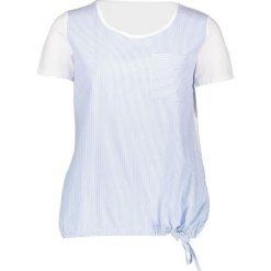 Koszulka w kolorze biało-błękitnym. Białe bluzki damskie Taifun, w paski, z bawełny, z okrągłym kołnierzem, z krótkim rękawem. W wyprzedaży za 86,95 zł.