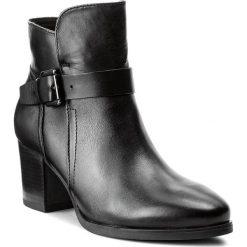 Botki CAPRICE - 9-25325-29 Black Nappa 022. Czarne botki damskie na obcasie Caprice, z materiału. W wyprzedaży za 239,00 zł.