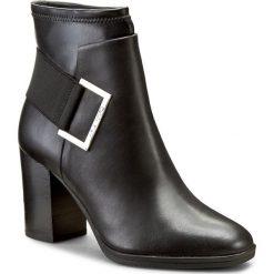 Botki CALVIN KLEIN BLACK LABEL - Ettore E4379 Black. Czarne botki damskie na obcasie marki Calvin Klein Black Label, z materiału. W wyprzedaży za 459,00 zł.