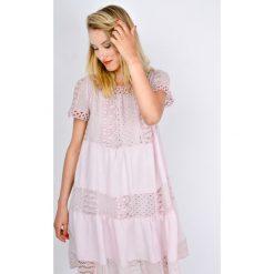 Sukienki: Sukienka z gipiurą