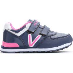 Granatowo-Różowe Buty Sportowe Pink Air. Czerwone buty sportowe dziewczęce marki Born2be, z materiału, z okrągłym noskiem. Za 59,99 zł.