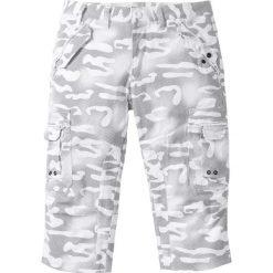 Bojówki męskie: Spodnie bojówki 3/4 Straight Fit bonprix biały z nadrukiem