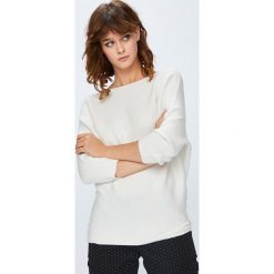 Swetry klasyczne damskie: Medicine - Sweter Basic