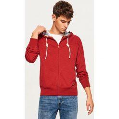 Bluza z kapturem - Czerwony. Czerwone bejsbolówki męskie Reserved, l, z kapturem. Za 69,99 zł.