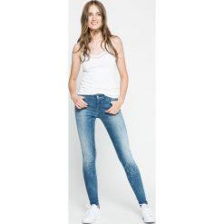 Diesel - Jeansy Slandy. Niebieskie jeansy damskie rurki Diesel, z bawełny. W wyprzedaży za 579,90 zł.