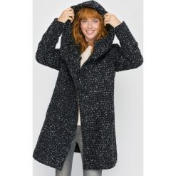 Płaszcze damskie pastelowe: Półdługi płaszcz z kapturem w jodełkę