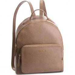 Plecak COCCINELLE - DF5 Clementine E1 DF5 14 01 01 Taupe N75. Brązowe plecaki damskie Coccinelle, ze skóry. Za 1249,90 zł.