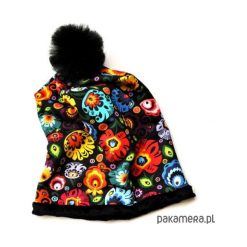 CZAPKA DAMSKA z łowickim wzorem_FOLK_56-58 cm. Czarne czapki zimowe damskie Pakamera, z tiulu. Za 65,00 zł.