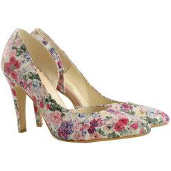 Buty ślubne damskie: Skórzane czółenka w kolorze kremowym ze wzorem