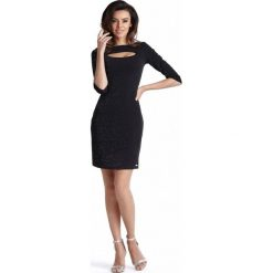 Czarna Dopasowana Mini Sukienka z Wycięciem przy Dekolcie. Czarne sukienki balowe marki bonprix, do pracy, w paski, moda ciążowa. Za 149,90 zł.