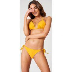 NA-KD Swimwear Dół bikini Triangle - Orange. Pomarańczowe bikini NA-KD Swimwear, w paski. Za 32,00 zł.