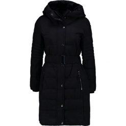Wallis Płaszcz zimowy black. Czerwone płaszcze damskie zimowe marki Cropp, l. W wyprzedaży za 367,20 zł.