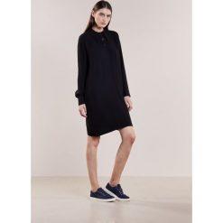 Sukienki hiszpanki: Bruuns Bazaar ANNI Sukienka koszulowa black