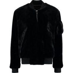 Tiger of Sweden Jeans MAX Kurtka Bomber black. Czarne kurtki męskie bomber marki Tiger of Sweden Jeans, m, z jeansu. W wyprzedaży za 401,70 zł.