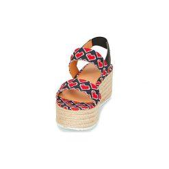 Sandały Love Moschino  JA16077I15. Czarne sandały damskie marki Love Moschino. Za 543,20 zł.