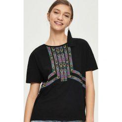 T-shirty damskie: T-shirt z nadrukiem etno – Czarny