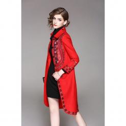 Płaszcz w kolorze czerwonym. Czerwone płaszcze damskie marki Zeraco. W wyprzedaży za 339,95 zł.
