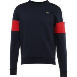 Lacoste Sport Bluza navy blue/whitelighthouse red. Niebieskie bluzy męskie marki Lacoste Sport, m, z materiału. Za 419,00 zł.