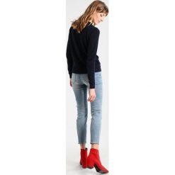 GANT CREW Sweter evening blue. Niebieskie swetry klasyczne damskie GANT, xl, z bawełny. Za 589,00 zł.