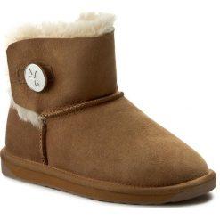 Buty EMU AUSTRALIA - Denman Mini W11255 Chestnut. Czarne buty zimowe damskie marki Superfit, z gore-texu, przed kolano, na wysokim obcasie. Za 639,00 zł.