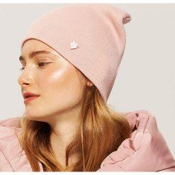 Czapka beanie - Różowy. Czerwone czapki zimowe damskie marki House. Za 19,99 zł.