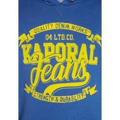 Kaporal REWA Bluza z kapturem cobalt. Niebieskie bluzy chłopięce rozpinane Kaporal, z bawełny, z kapturem. W wyprzedaży za 143,10 zł.