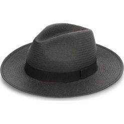 Kapelusz WEEKEND MAXMARA - Oblare 55710384600 006. Czarne kapelusze damskie WEEKEND MaxMara, z materiału. W wyprzedaży za 279,00 zł.