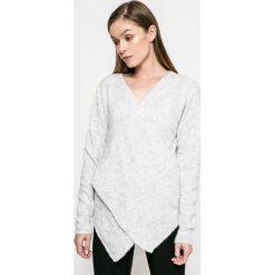 Swetry klasyczne damskie: Vila – Sweter