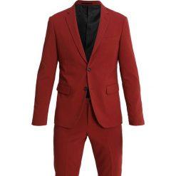 Lindbergh SLIM FIT Garnitur dark red. Czerwone garnitury Lindbergh, z elastanu. Za 629,00 zł.