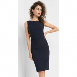Dopasowana sukienka. Niebieskie sukienki na komunię marki Orsay, do pracy, w paski, z elastanu, biznesowe, dopasowane. Za 119,99 zł.