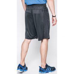 Adidas Performance - Szorty D2M 3S Short. Szare spodenki sportowe męskie adidas Performance, z dzianiny, sportowe. W wyprzedaży za 119,90 zł.
