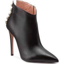 Botki ELISABETTA FRANCHI - SA-57L-77E2-V467 Nero 110. Czarne buty zimowe damskie Elisabetta Franchi, ze skóry. W wyprzedaży za 1399,00 zł.