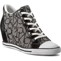 Sneakersy CALVIN KLEIN JEANS - Vero RE9259 GRB Granite/Bl. Szare sneakersy damskie Calvin Klein Jeans, z gumy. W wyprzedaży za 299,00 zł.