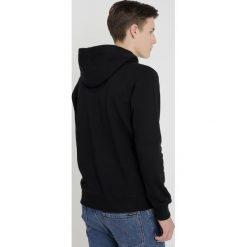 Calvin Klein Jeans MONOGRAM BOX LOGO HOODIE Bluza z kapturem black. Czarne bluzy męskie rozpinane marki Calvin Klein Jeans, z bawełny. Za 459,00 zł.