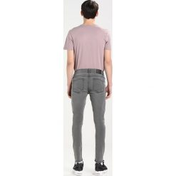 Only & Sons ONSWARP Jeans Skinny Fit dark grey denim. Brązowe jeansy męskie marki Only & Sons, l, z poliesteru. Za 129,00 zł.