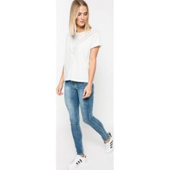 Tally Weijl - Jeansy Paris. Czerwone jeansy damskie rurki marki TALLY WEIJL, l, z dzianiny, z krótkim rękawem. W wyprzedaży za 79,90 zł.