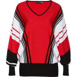 Sweter bonprix czerwono-czarno-biały w paski. Czerwone swetry klasyczne damskie marki bonprix, z dekoltem w serek. Za 109,99 zł.