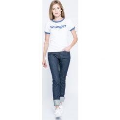 Wrangler - Jeansy. Niebieskie jeansy damskie rurki Wrangler, z aplikacjami, z bawełny. W wyprzedaży za 199,90 zł.