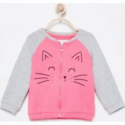 Rozpinana bluza z kotkiem - Różowy. Czerwone bluzy niemowlęce marki Reserved, z kapturem. Za 29,99 zł.