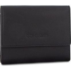 Mały Portfel Damski CALVIN KLEIN - Serene Small Trifold K60K604519 001. Czarne portfele damskie Calvin Klein, ze skóry. Za 349,00 zł.