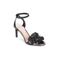 Sandały damskie: Sandały André  CRUELLA