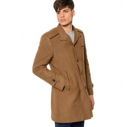 Płaszcz w kolorze jasnobrązowym. Brązowe płaszcze zimowe męskie marki AVVA, Dewberry, m. Za 449,95 zł.