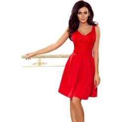 Czerwona Koktajlowa  Rozkloszowana Sukienka z Koronką. Czerwone sukienki koronkowe marki Molly.pl, l, w koronkowe wzory, rozkloszowane. Za 215,90 zł.