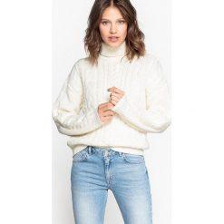 Sweter z golfem w warkocze, z wełny. Szare golfy damskie marki La Redoute Collections, m, z bawełny, z kapturem. Za 245,66 zł.