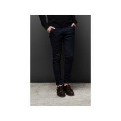 Jeansy UNIVERUM edycja jesienna |GRANATOWE|. Szare jeansy męskie z dziurami marki Button. Za 270,00 zł.